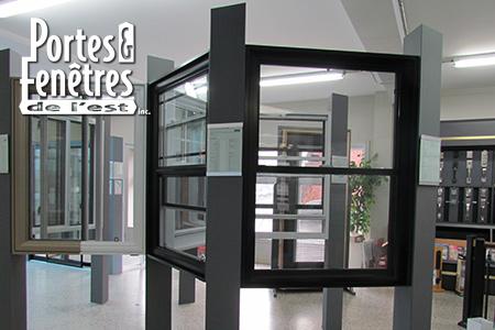 Salle de montre de portes et fenêtres